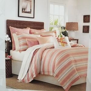 Brand new Tommy Bahama 4pc Queen Comforter set